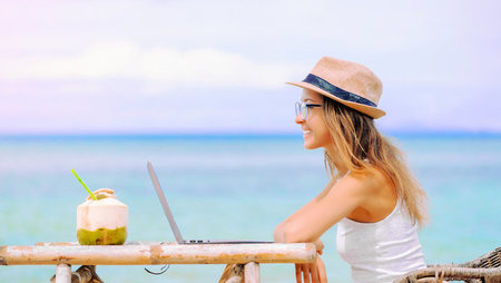 How to Become a Digital Nomad (and Travel the World)